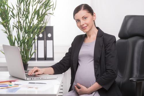 続けるべき?休むべき?高齢出産いつまで仕事をしても大丈夫?
